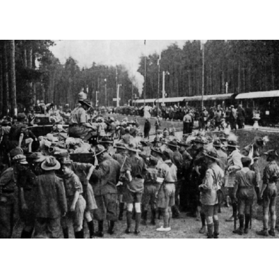 JUBILEUSZOWY ZLOT ZWIĄZKU HARCERSTWA POLSKIEGO W SPALE 10 — 25 VII 1935